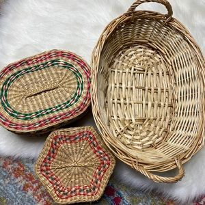 Set of 3 Baskets Bins Lids Wall Art Storage Wicker